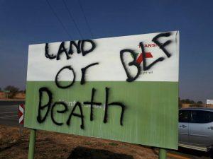 Kleinmond word spookdorp agv voortslepende betogings en protesoptogte